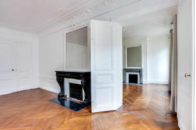apartment for sale near the Elysee Palace
