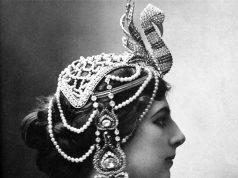 Mata Hari in 1910
