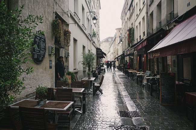 Rue du Pot de Fer, Paris. © Matt Casagrande & Creative Commons