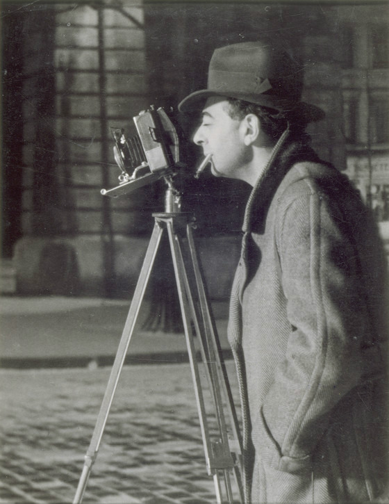 Self-portrait, Brassaï photographing at night