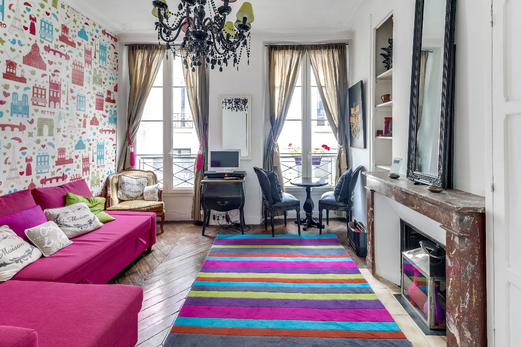 for sale beautiful studio apartment in the 2nd arrondissement