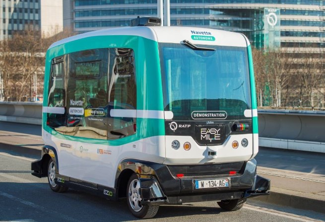 Paris Experiments with First Driverless Minibus Route