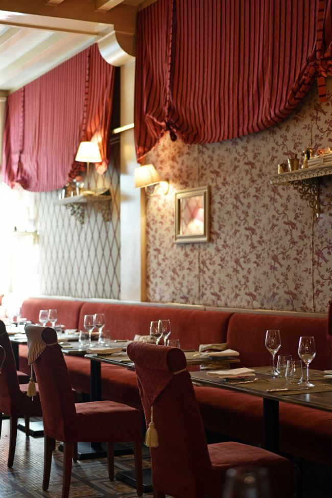 The dining room at Restaurant Jean