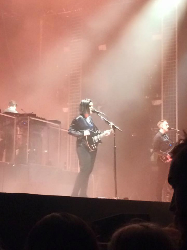 the xx at the Zénith in Paris