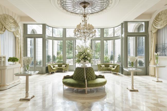 The Salon d'été at the Ritz Paris