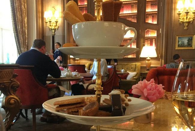Afternoon Tea in Paris: Thé a la Française at the Ritz