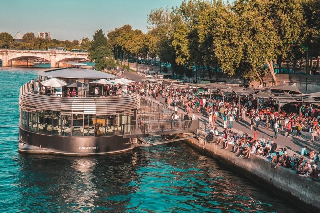 Paris Nightlife on the Riverbanks: The Best Rooftop Spots and Boat Bars