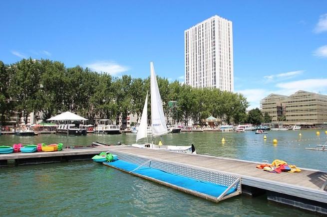 Outdoor Swimming in Paris's Bassin de la Villette this Summer