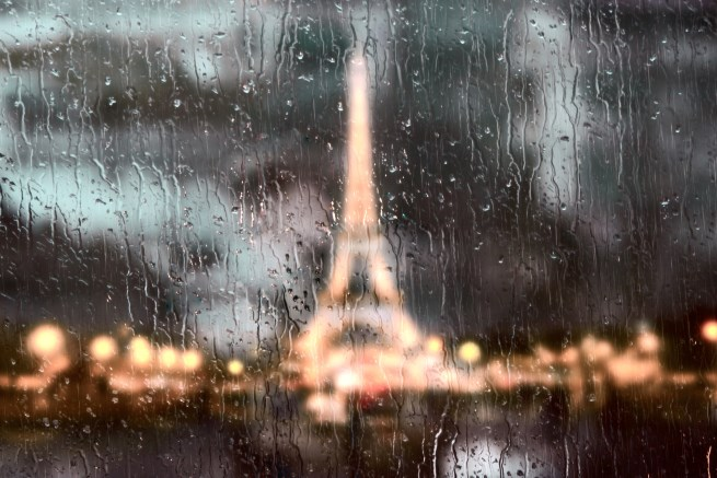 Book Reviews | A Paris All Your Own: Bestselling Women Writers on the City of Light