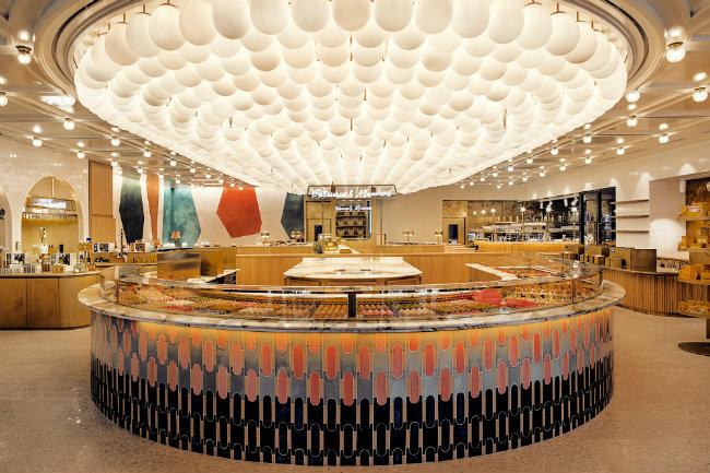 Le 86 Champs: L'Occitane and Pierre Hermé's New Concept Store on the Champs-Elysées