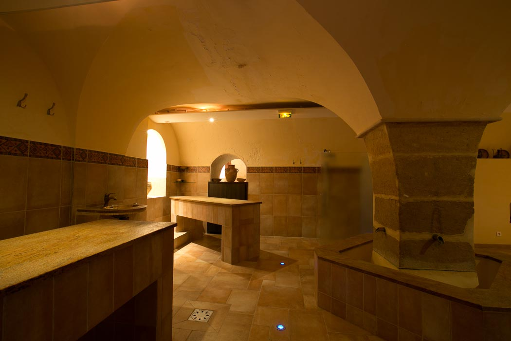 Steam in the City: The Top Hammams in Paris | Spas and Wellness