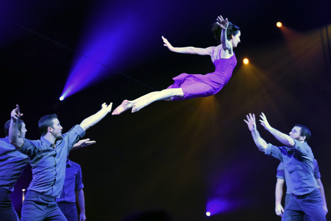 The Ultimate in Paris Circus Arts: 39th Festival Mondial du Cirque de Demain
