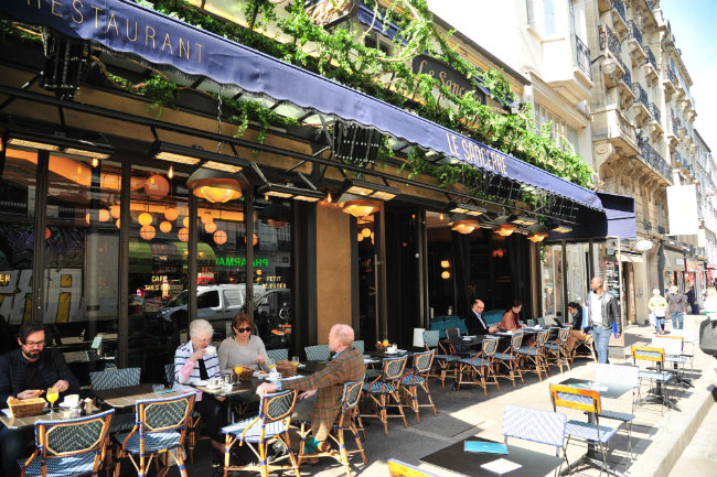 Terrific Terraces to Enjoy Springtime in Paris