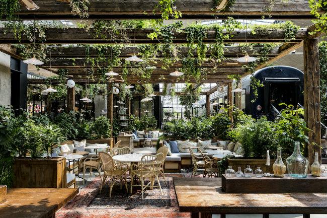 La Felicità: Europe's Biggest Restaurant Opens at Station F