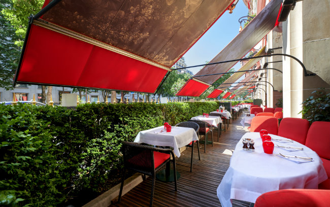 June Hotel Buzz: Rooftop Terraces, River Cruises and More