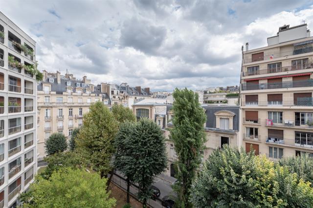 apartment for sale in Paris