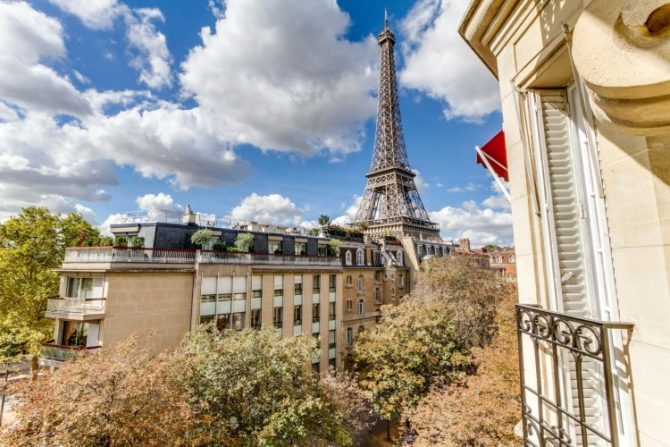 For Sale: Spectacular Paris Apartment in front of the Eiffel Tower