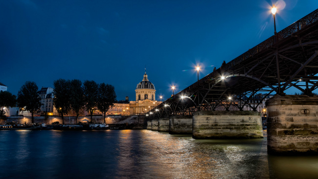 Romantic Paris: Top Free Things to Do in the City of Romance