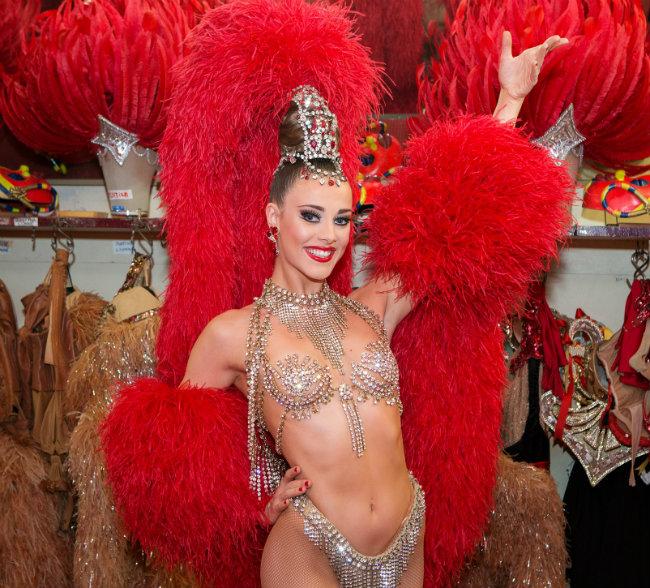 A Moulin Rouge Showgirl's Favorite Places in Paris