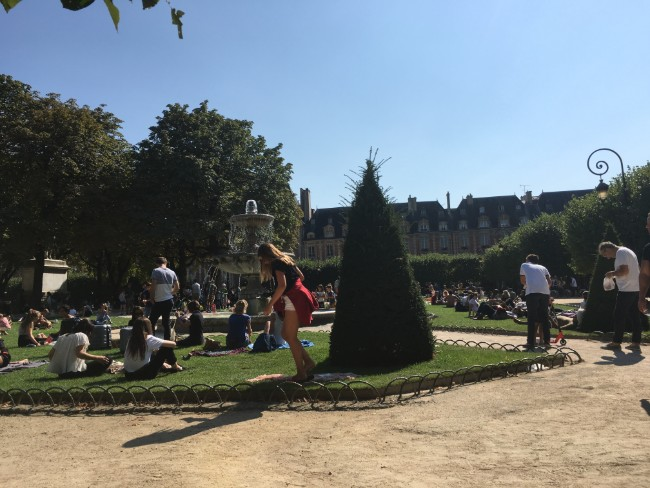 La Rentrée in Paris: Before and After France's Summer Holidays