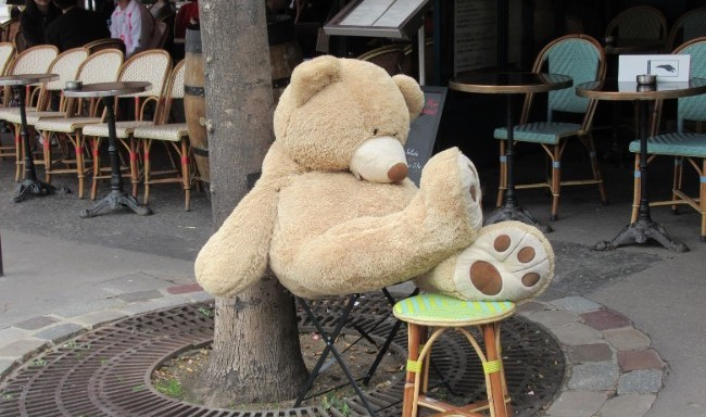 Les Nounours des Gobelins: Giant Teddybears Take over the Streets of Paris