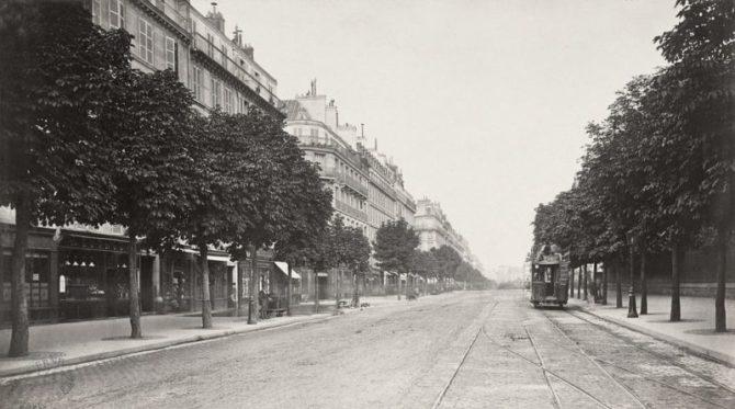 Streets and Stories: La Cour du Commerce-Saint-André