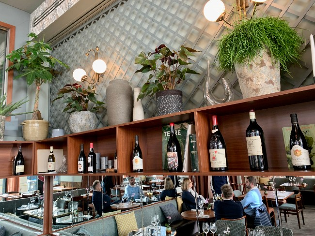 Mordu Restaurant: How to Find a Trendy Neo-Bistro Without Crossing the Seine