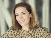 Susie Hollands, Paris agency Vingt Paris