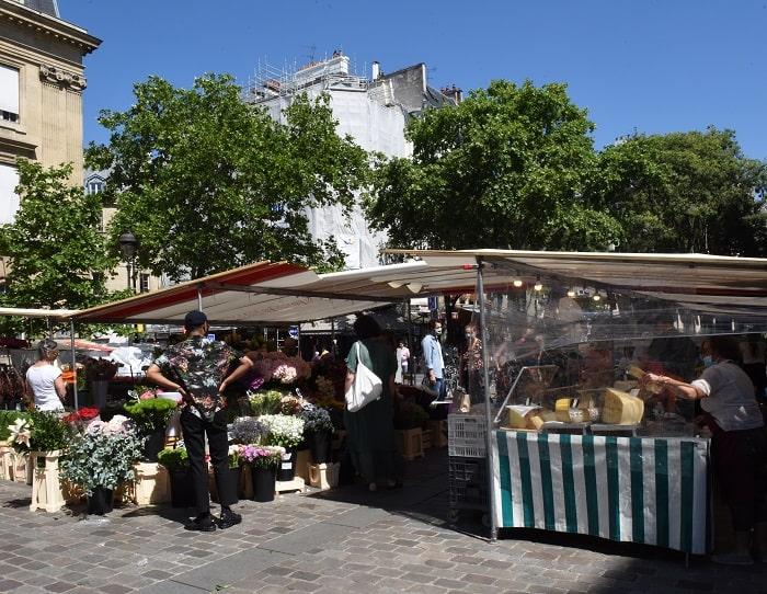 Paris open market