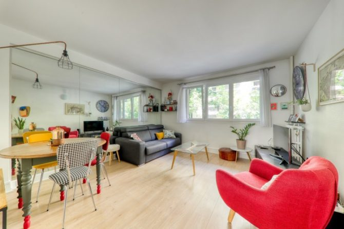 For Sale: Beautiful 2 Bedroom Apartment in the 17th