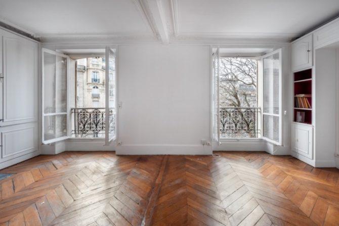 For Sale: One-Bedroom Apartment near Place de l'Etoile in Paris