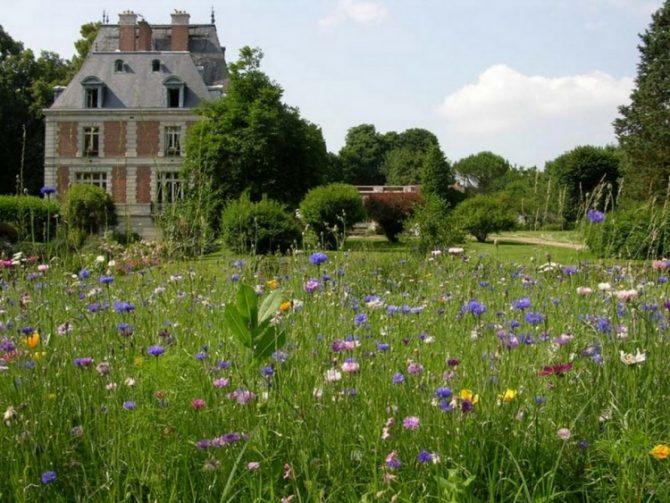 For Sale: Louis XIII style Château near Paris