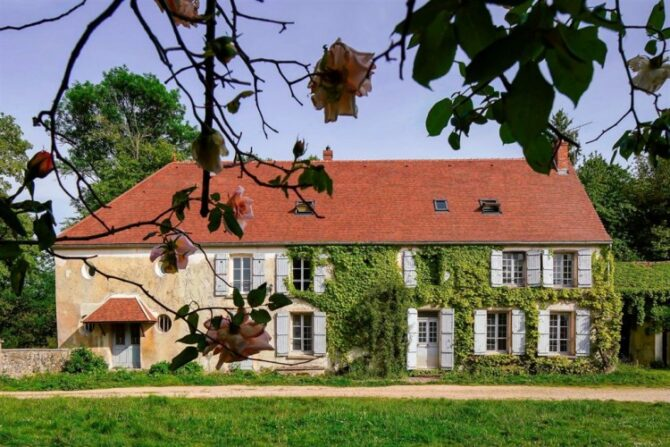 For Sale: Fortified Farmhouse outside Paris