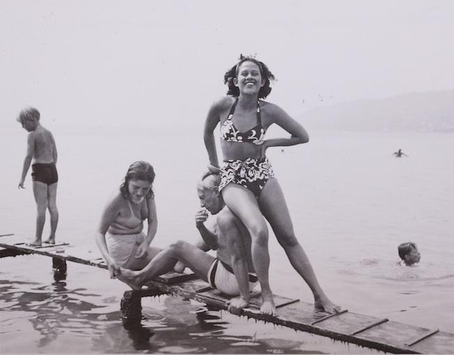 Man Ray, Adrienne Fidelin, Pablo Picasso, Dora Maar, 1937, Gelatin silver print