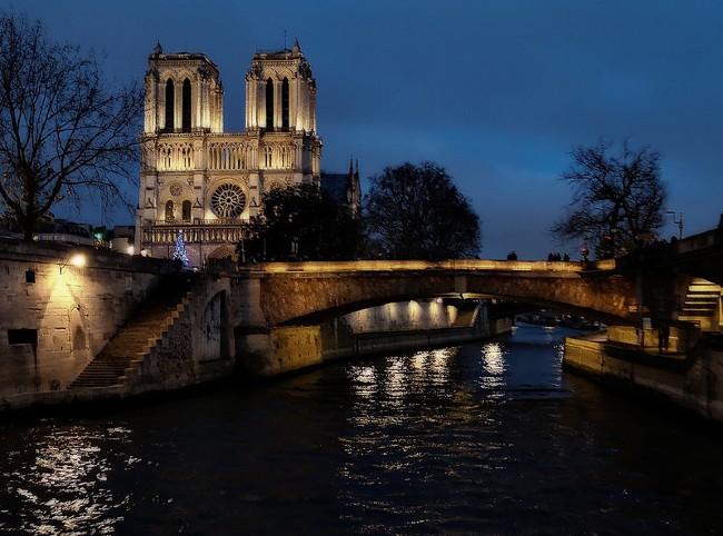 The Evolution of Bonjour Paris, One of the Original Websites Still Publishing Today