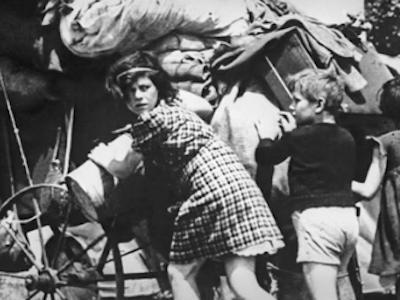 1940: PARISIAN EXODUS exhibition
