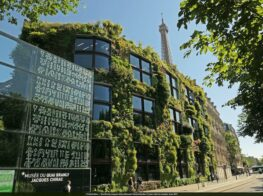 Renowned Paris Botanist Grows Up: The Vertical Gar...