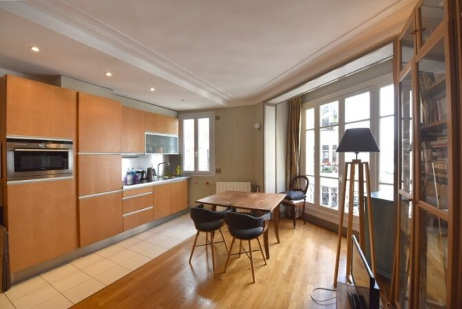 For Sale: One-Bedroom Apartment in Montmartre