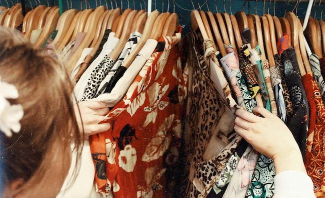 5 Best Shops for Vintage Shopping in Paris