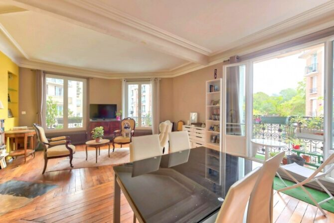 For Sale: Bright and Stylish Haussmannian Apartment