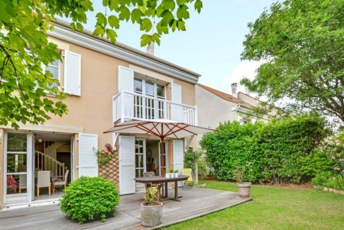 For Sale: Modern 4 Bedroom House in Rueil-Malmaison