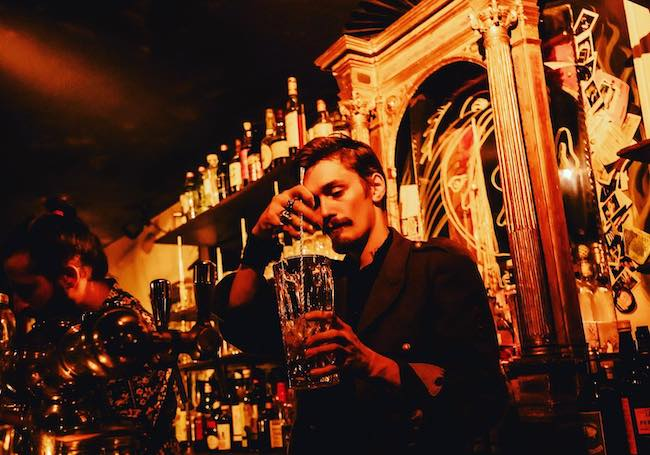 The Cocktail Bars of Paris: A Guide by Arrondissement