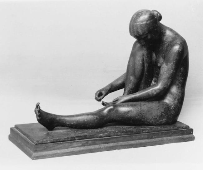 Jane Poupelet Femme-a-sa-toilette_modele-en-1909, Met Museum