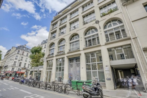 For Sale: 3-Bedroom Apartment in the 11th