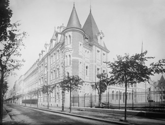 The Fascinating Story of the American Hospital of Paris