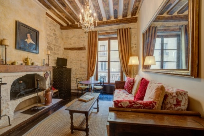 For Sale: Two-Bed Apartment on the Ile Saint-Louis