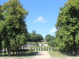 Day Trip: The King's World in Marly-le-Roi a...