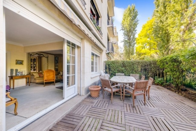 For Sale: Tranquil Four-Bed Apartment with Terrace