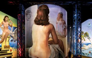 Enigmatic Dali at the l'Atelier des Lumières