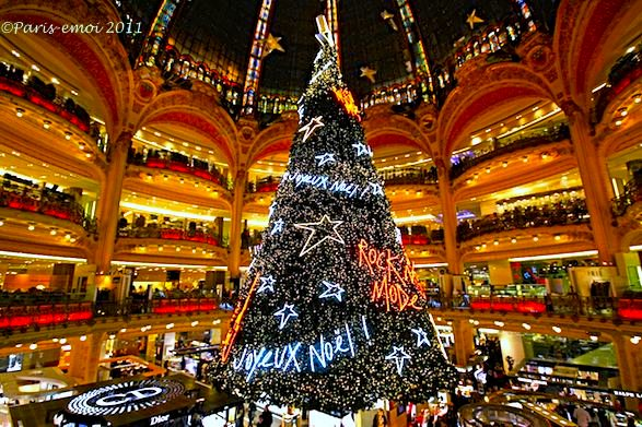 Galeries Lafayette Rock 'N Mode Christmas Tree. Photo: ©Francis Beddok 2011 Paris-emoi
